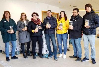 Donació solidària dels Moixiganguers al Banc de Queviures