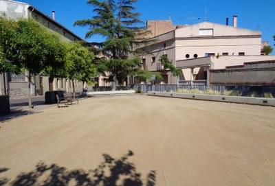 Es canvia per segon cop el sauló de la plaça Catarineu