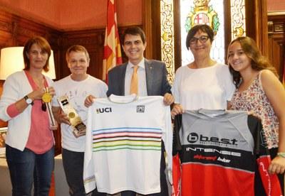 Felicitació al biker Ramon Figueras