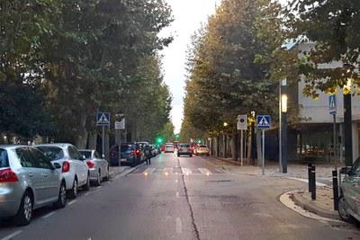 Indicadors lluminosos en dos passos de vianants del Passeig Verdaguer
