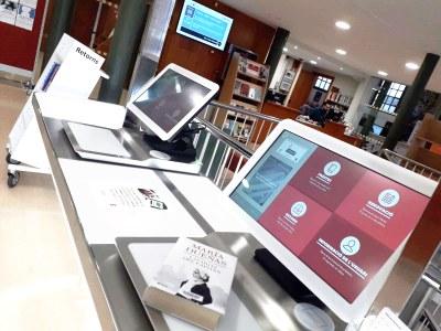 La Biblioteca Central posa en marxa el servei d'autopréstec