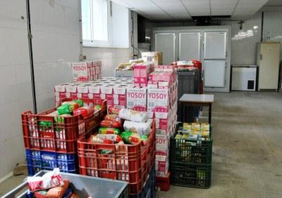 La campanya 'Ens ajudes?' recull 1.700 quilos d'aliments