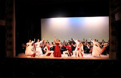 Les peces d'Strauss fan vibrar l'Ateneu