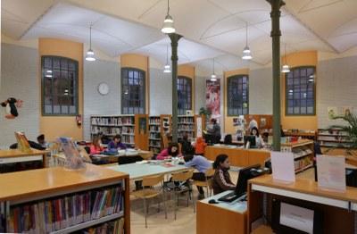 Nou punt d'atenció del Banc del Temps a la Biblioteca Central