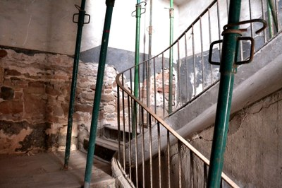 Rehabilitació de l'escala de la Igualadina Cotonera