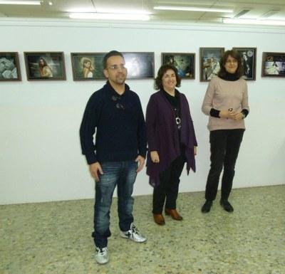 Inaugurada la mostra Fotografies, de Josep Mensa, a l'Escola Municipal d'Art Gaspar Camps.