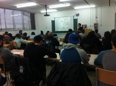 L'Escola Municipal d'Art Gaspar Camps participa en la commemoració del 25N