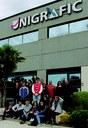 L'Escola Municipal d'Art Gaspar Camps visita l'empresa igualadina Unigrafic