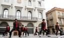 L'espectacle Forever Rey del Pop va omplir de dansa la plaça de l'Ajuntament