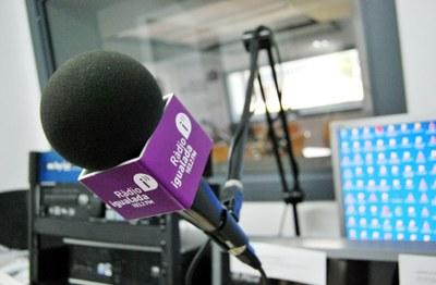 Cultura en Família s'endinsa al món de la ràdio