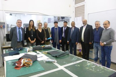 L'alcalde de Tetuan visita l'Escola d'Art i Disseny La Gaspar