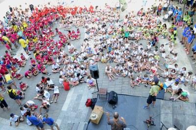 650 infants a la festa d'inici de l'Estiuet