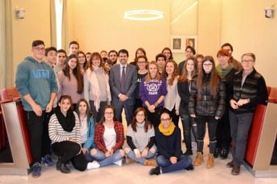 Agraïment als estudiants autors de les nadales de l'Ajuntament