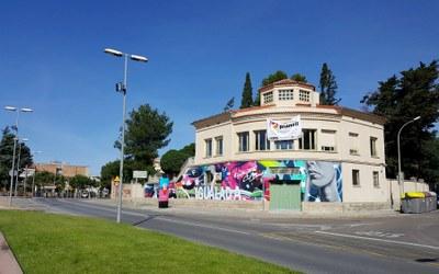 Cal Badia ja llueix nova estètica exterior