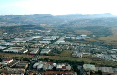 Construcció, comerç i tèxtil, sectors majoritaris a Les Comes