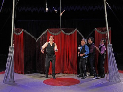Diumenge, 'Cabaret Elegance' a l'Ateneu