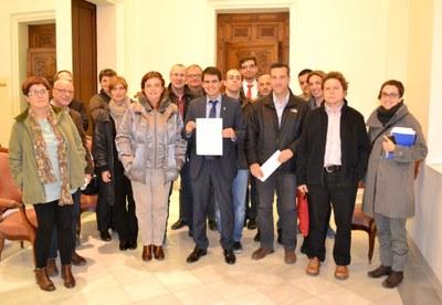 Divuit regidors d'Igualada se sumen a la denúncia internacional pel 9N