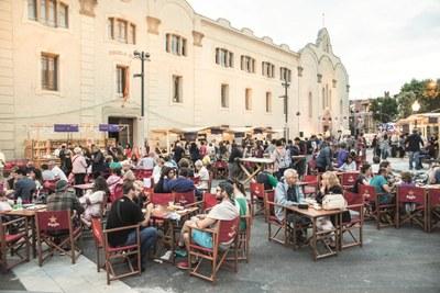El 4t festival gastronòmic Vadefoodies omple la Plaça Castells