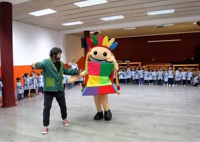 Els Esmolets visiten les escoles de la ciutat