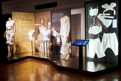 Exposició 'Intimitats. La roba interior del segle XIX al XXI'