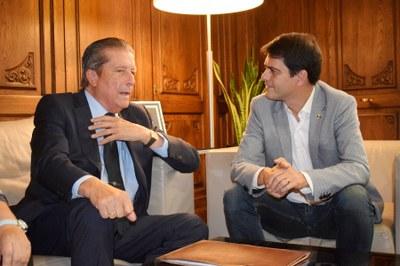 Federico Mayor Zaragoza, rebut a l'Ajuntament d'Igualada