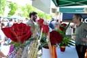 Igualada s'omple de llibres i roses per Sant Jordi