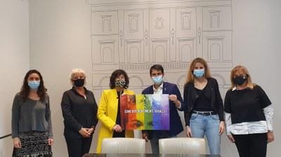L'Ajuntament d'Igualada i la Direcció General d'Igualtat formalitzen l'acord per al funcionament del Servei d'Atenció Integral a la diversitat afectiva, sexual i de gèneres d'Igualada