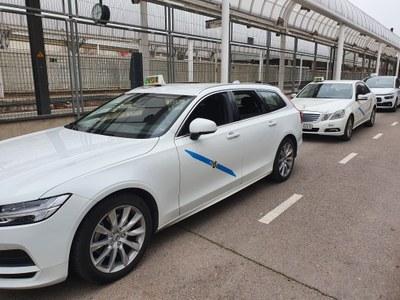 L'Ajuntament impulsa una línia d'ajuts per als professionals del sector del taxi dotada amb 23.000 euros