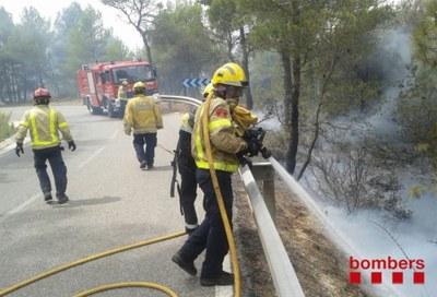 L'incendi forestal d'Òdena, controlat
