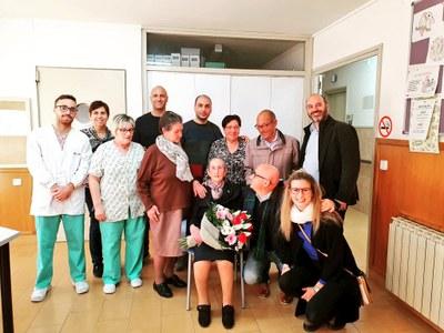 Maria Estrella Campos Morales celebra els cent anys