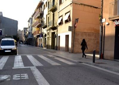Obres d'ampliació de voreres al carrer Santa Caterina