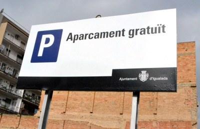 Projecte per obrir dues noves zones blanques d'aparcament