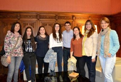 Quatre joves igualadines participen en un taller sobre la UE