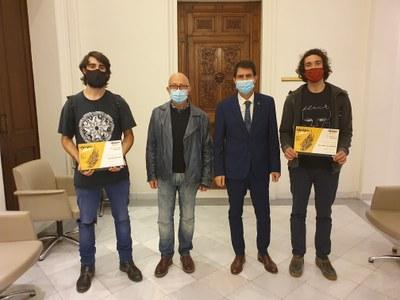 Cels Burgès Flores i Biel Rabell Vilarrubias, guanyadors dels  premis IGUAL'ART