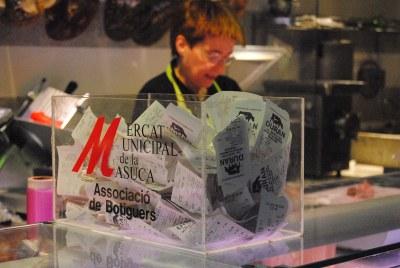 La Masuca reparteix 1.750 euros en vals de descompte